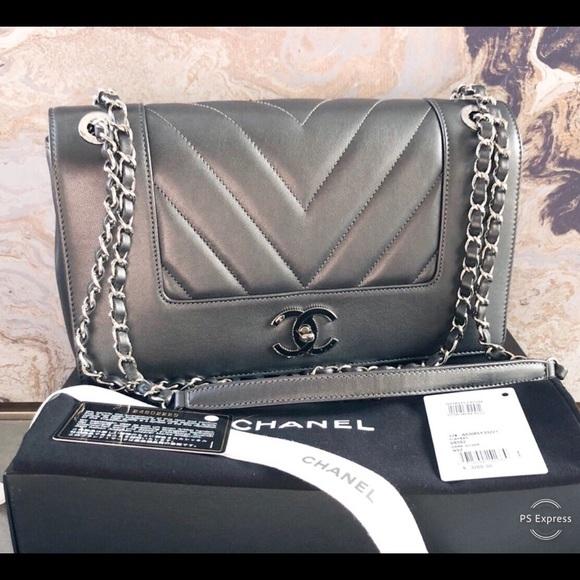 04994101ba8eaf CHANEL Bags   Chevron Lambskin Mademoiselle Flap Bag   Poshmark